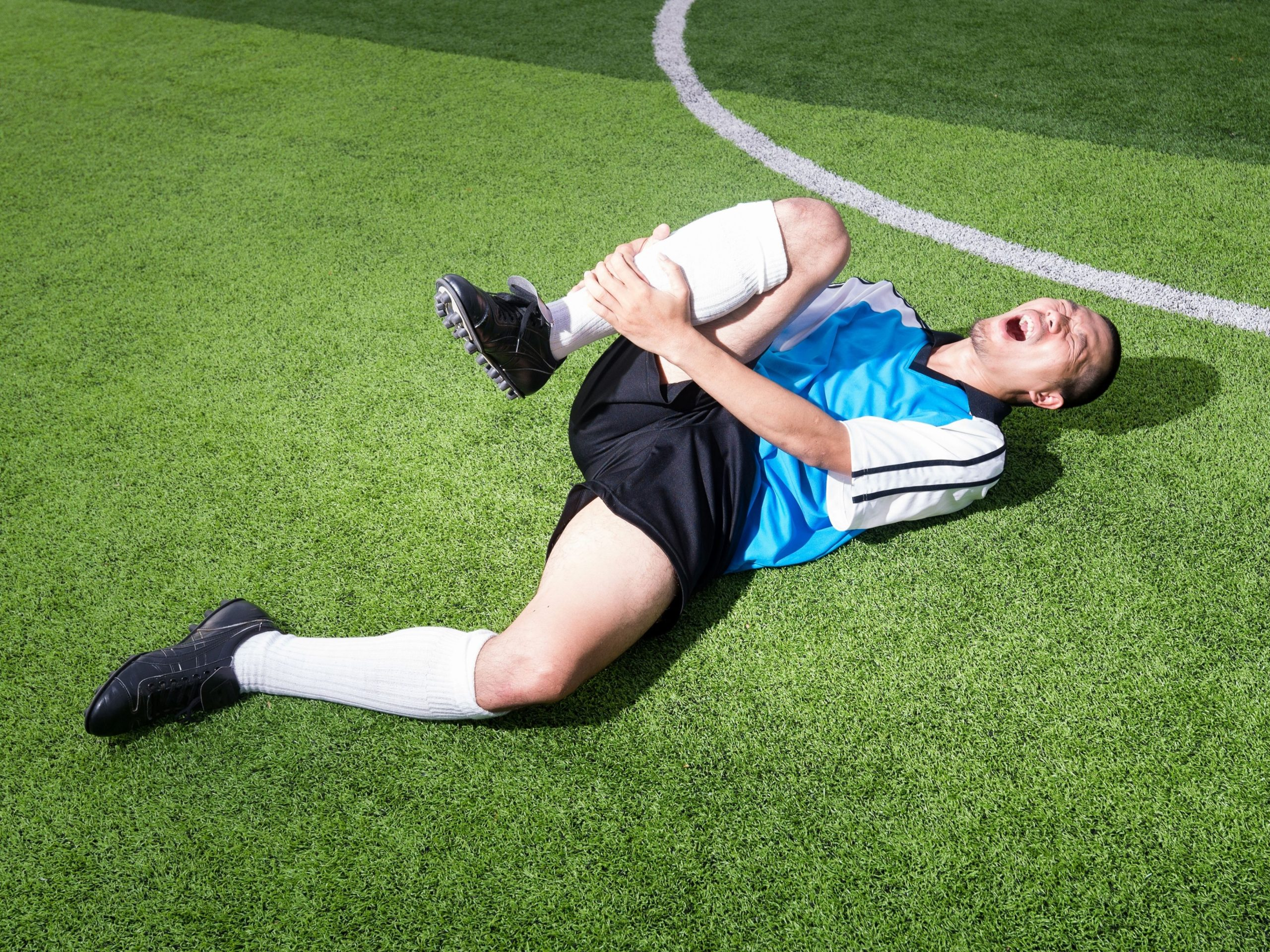 Preventing Football Injuries – easy ways to look after yourself
