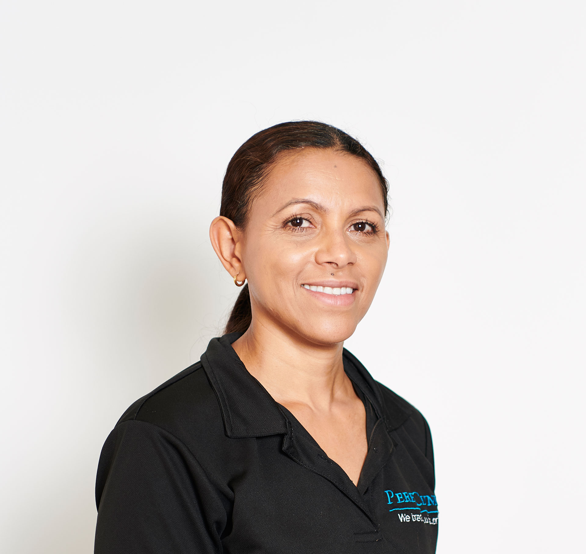 yaneth perea massage therapist